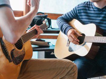 Vill du lära dig att spela ett instrument?